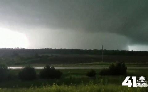 Esta es la pinta que tiene un monstruoso tornado de 1,6 kilómetros de diámetro