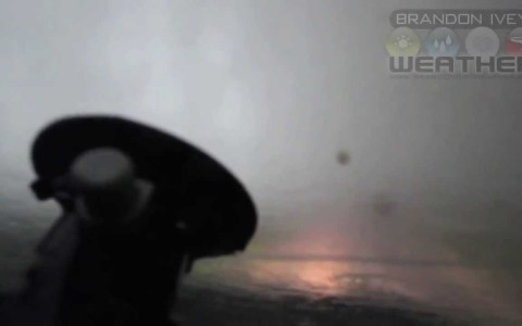 Esto es lo que se siente cuando un tornado te pasa por encima