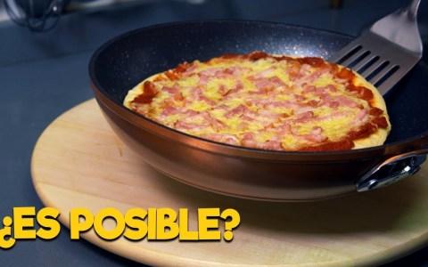 Como cocinar una pizza en la sartén (crujiente y sin la base quemada)