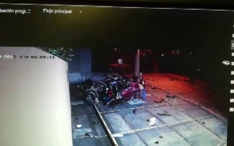 Una cámara de seguridad graba el accidente de coche de una persona inmortal
