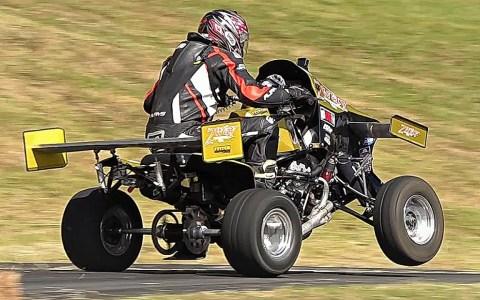 Quadzilla: Un quad con motor de 140cv procedente de una RR y aerodinámica activa