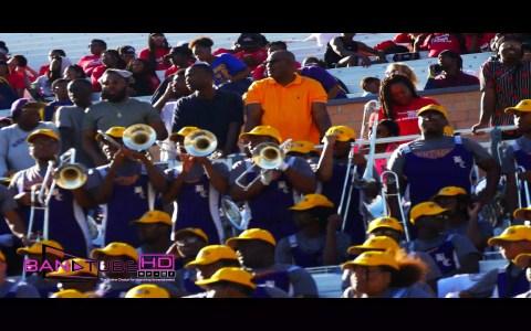 Los trombonistas de dos equipos de fútbol americano se enzarzan en un pique musical que acaba por todo lo alto