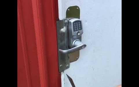 2019 y el 99% de las puertas cerradas sin llave siguen abriéndose con una tarjeta de crédito