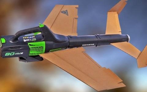 Haciendo volar un soplador de hojas añadiéndole alas y un sistema de radio-control