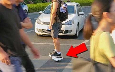 Zapatos con motor: ¿Un nuevo quebradero de cabeza para la DGT?