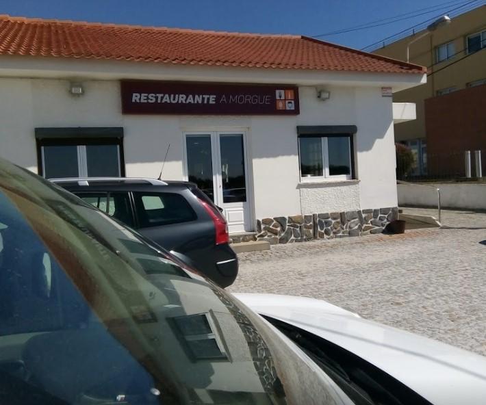 """""""La Morgue"""". Fantástico nombre para un restaurante..."""
