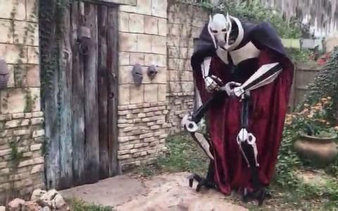 Impresionante cosplay de General Grievous (Star Wars)