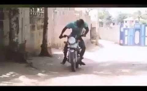 Un buen motero muere con elegancia, sin dejar caer la moto al suelo