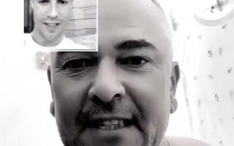 """""""Mira papá, estoy en una videollamada con Cristiano Ronaldo"""""""