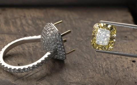 Fabricando un anillo de diamantes desde cero valorado en 62.000 dólares
