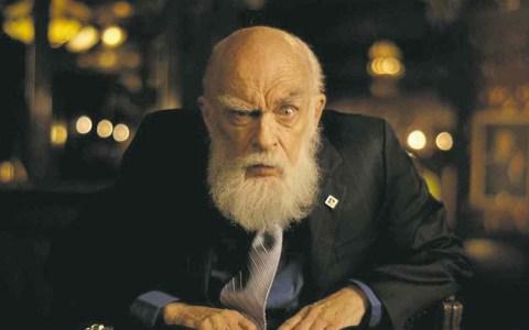 James Randi, el hombre que desenmascaró a Uri Geller