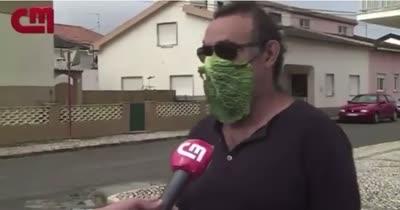 Han entrevistado al hombre de la máscara vegana