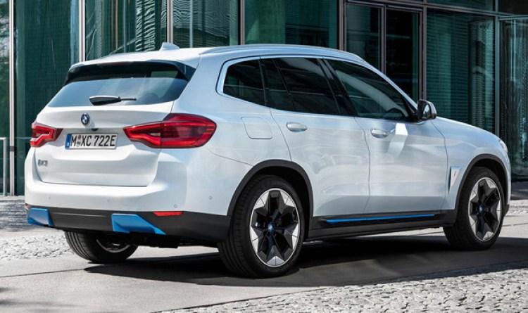 Atentos a la idea demigrante que se ha sacado BMW de la manga para sustituir los escapes en sus coches eléctricos
