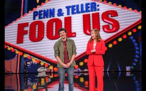 El mago español Mario López sorprende a Penn & Teller con su espectáculo de sal