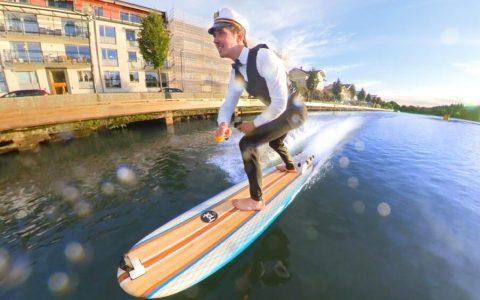 Crea una tabla de surf eléctrica por 3000 dólares