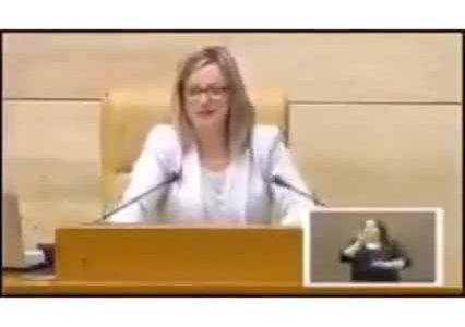 Ojo al nivelote en el parlamento de Extremadura...