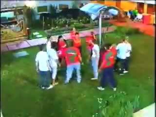 El regalo de Maradona en Gran Hermano 2001