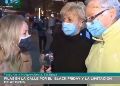 La reportera ha ido a elegir a la mejor pareja posible...