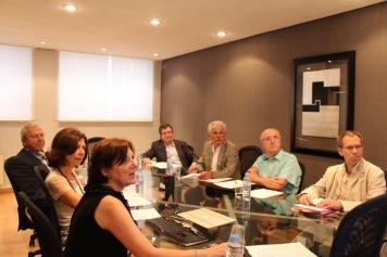 Reunión Finsalud. Patronos y Comité Científico.
