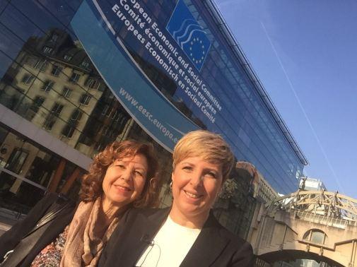 Patricia Suárez y Ma Victoria Zunzunegui a las puertas del CESE
