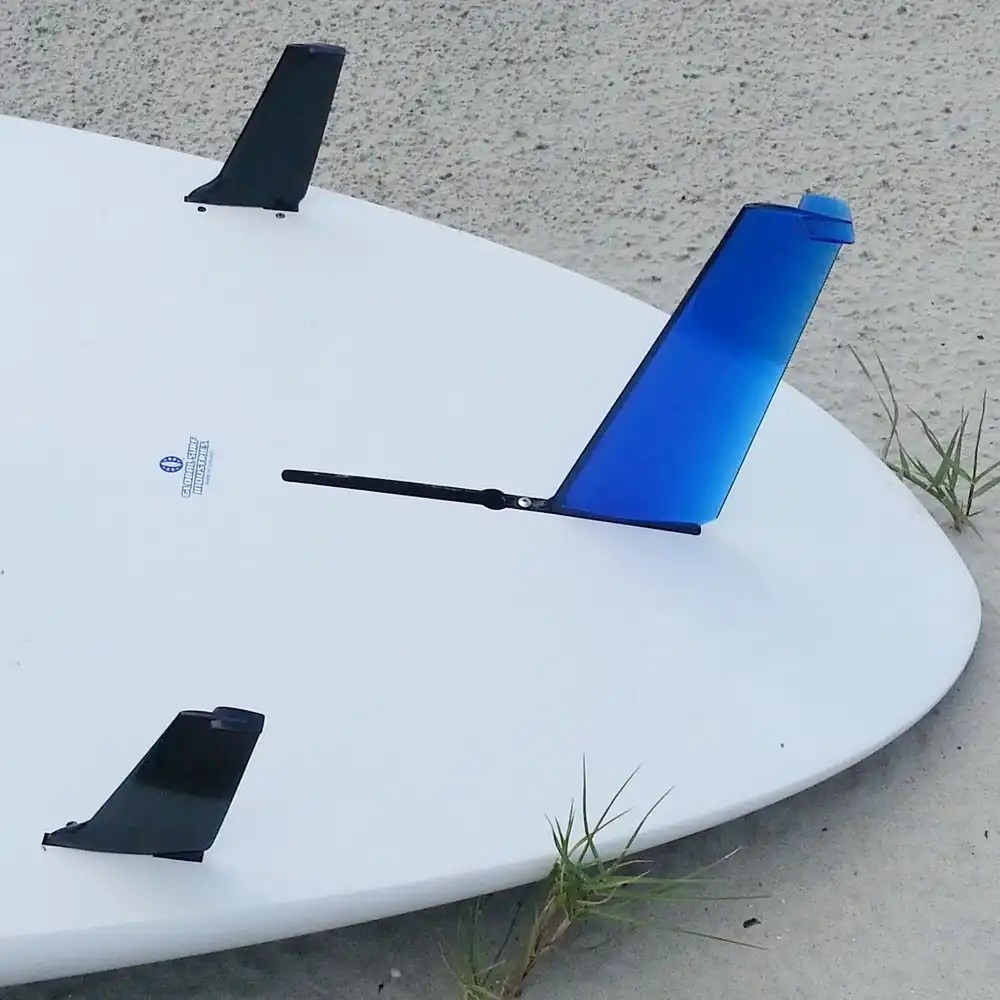 "Two 4.8"" fins in a 2-plus-one setup with a 9.25"" WG2"