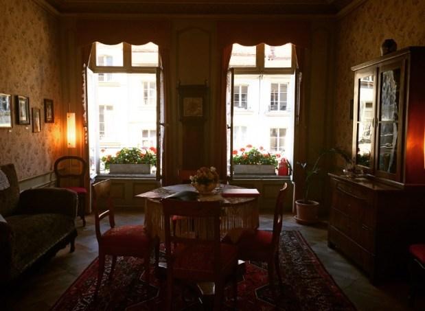 Albert Einstein's living room