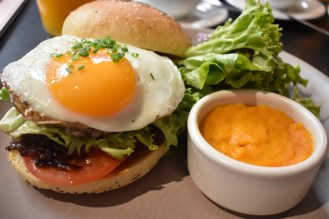Breakfast Hamburger