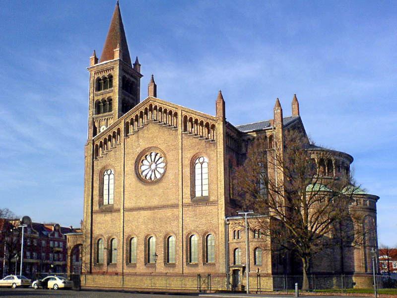 Kirche_St_Peter_und_Paul_Potsdam