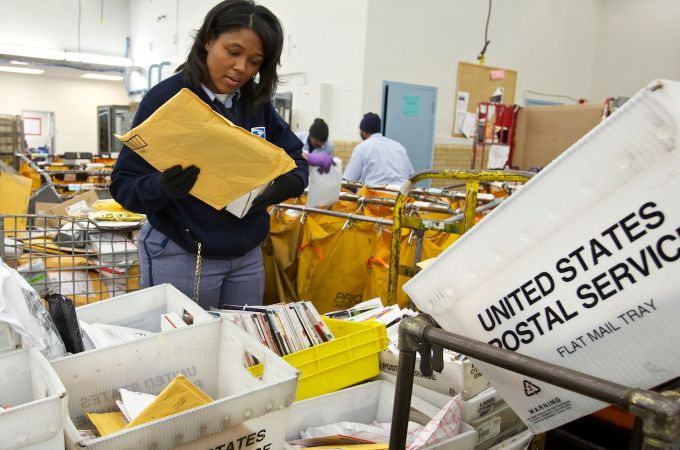 Even the US Postal Service wants to start using blockchain tech