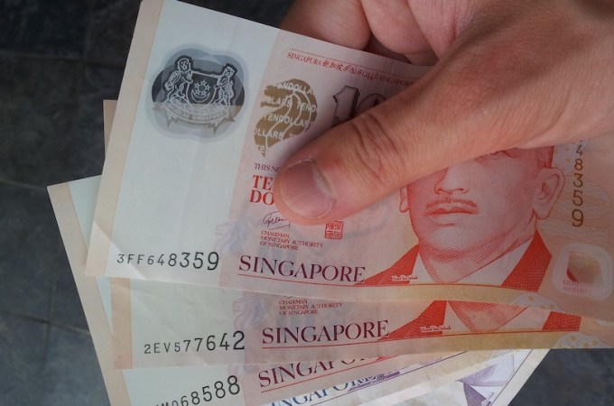 Singapore's startups, immigrants get new channel to send money abroad at lower cost