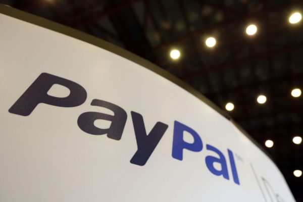 PayPal outlook muted on mobile competition, currency trends