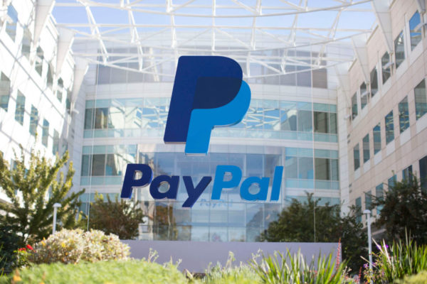 PayPal Checkout adds smart payment buttons