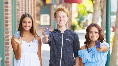 Step Launches No Fee Banking App For Teens