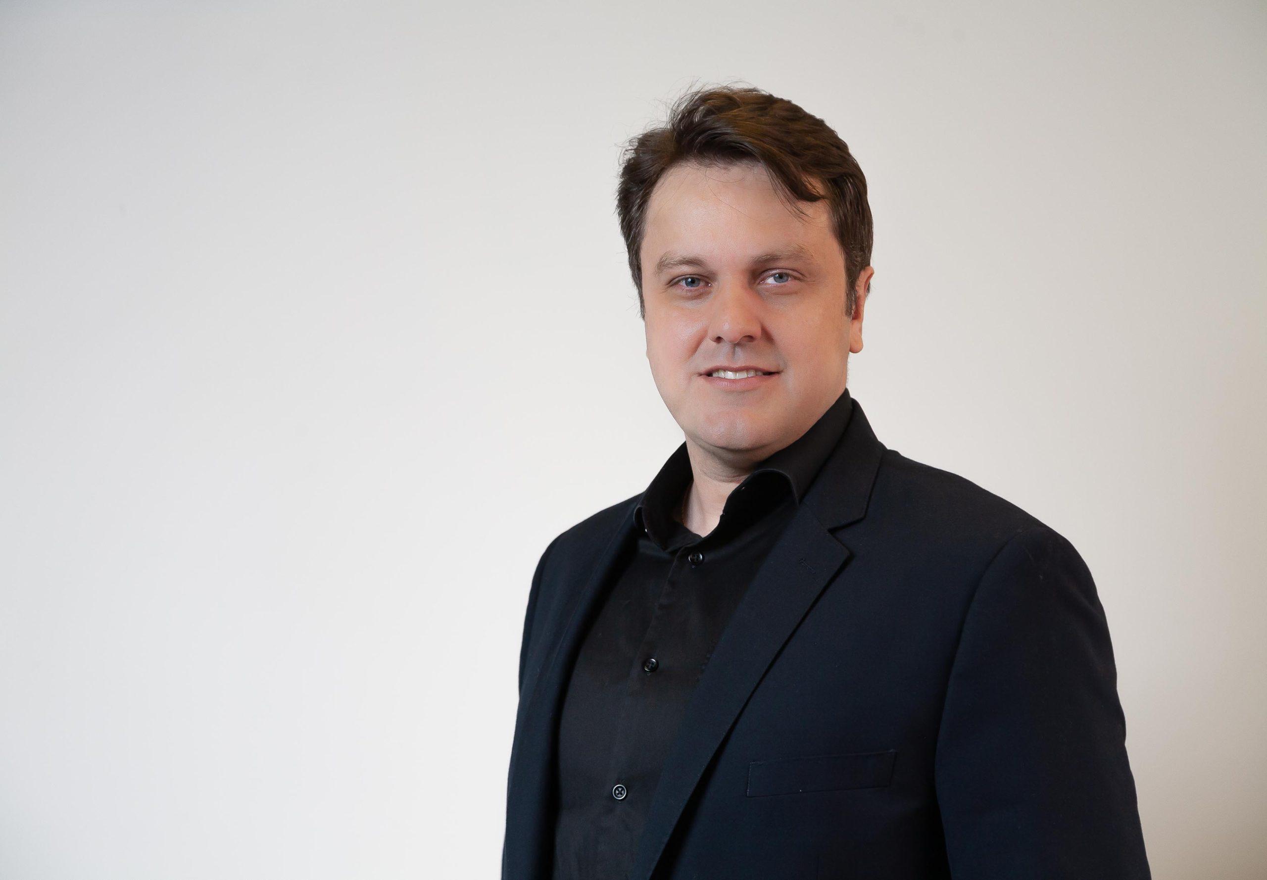 Digital banks invisíveis: modelo promete revolucionar mercado – Rodrigo Pimenta