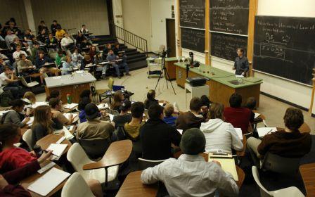 Можно ли в России получить кредит на образование за рубежом?