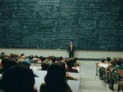 Какие формулы использовать, чтобы рассчитать ежемесячный платёж по кредиту
