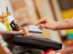 Преимущества кредитных карт перед наличными деньгами