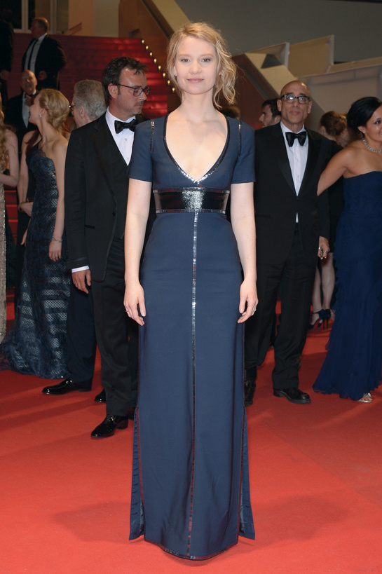 Mia Wasikowska en Louis Vuitton cannes