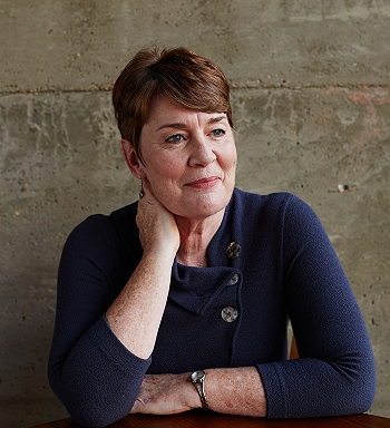 Fiona Barton, Author