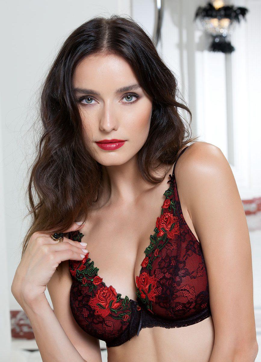 Its Lipstick Time  Fiona Dobsons Crossdressing Blog