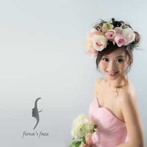Seen lots of pretty Sakura photos from my dear clients and friends~ Lovely spring! How about fiona's floral Japanese-style hair updo for a sweet bride? 最近好多客人好友去不同地方賞櫻~令我想起喜歡花花及日系造型的新娘子~