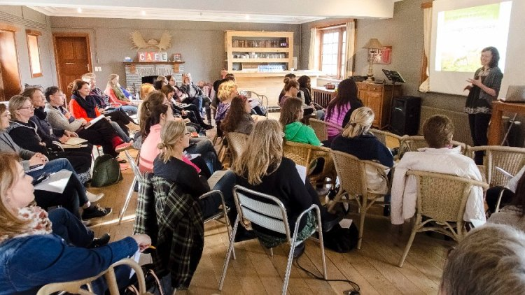 Fiona LynneKoefoed-Jespersen teaching at a women's retreat. Photo by Almyra Knevel Persson