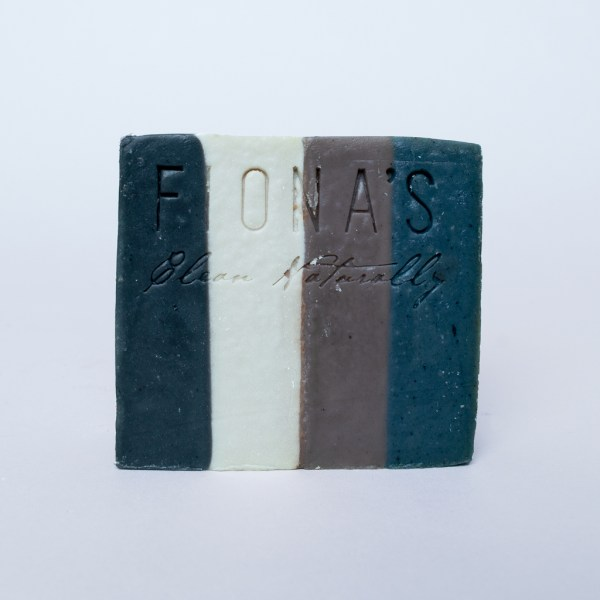Bourbon - Ingredients are: Olive Oil, Coconut Oil, Castor Oil, Sodium Hydroxide, Water, Bourbon Fragrance Oil, Activated Charcoal, colorant Activated Charcoal in these soaps absorb toxins in by drawing impurities and dirt from the skin