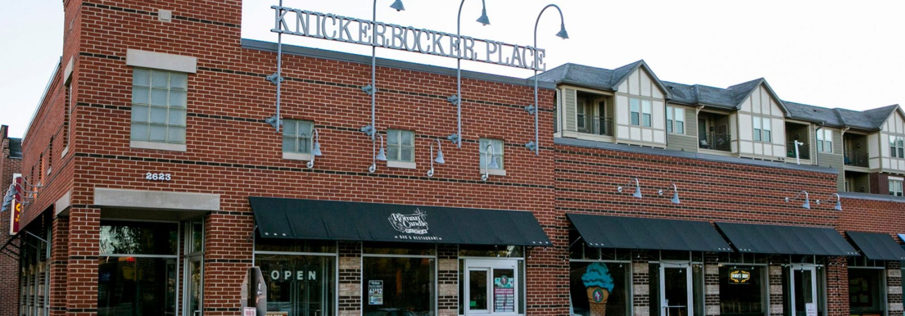 Knickerbocker Place retail shops