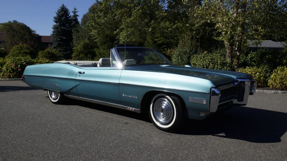 medium resolution of 1968 pontiac bonneville convertible factory 428ci 4spd a c hood tach fiore motors