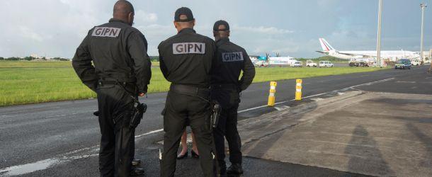 Ouragan Irma : à quoi servent les renforts de sécurité envoyés à Saint-Martin ?