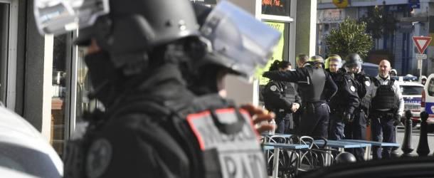 Val-de-Marne: une forcenée interpellée par le RAID