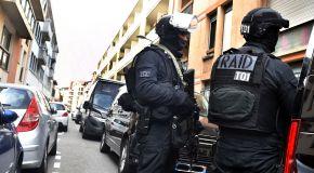 Le RAID libère deux fillettes de 4 et 11 ans séquestrées dans un appartement à Cahors