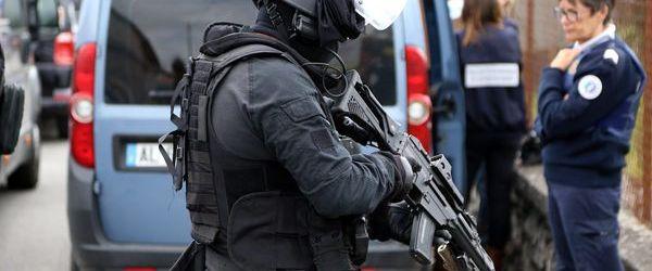 Meudon : l'homme retranché chez lui a été interpellé