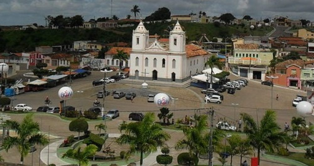 Cícero Dantas Bahia fonte: i0.wp.com